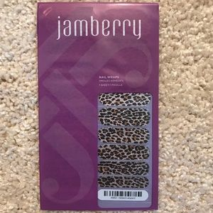 Jamberry glitter nail wraps in Gilded Leopard